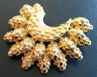 """Coro Designer Brooch Pin Signed Gold Metal Layered Half Moon Leaf Design 2 !/4"""" Vintage"""