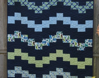 Baby or Small Quilt Pattern, PDF, Wiggle Time Quilt, Fat Quarter Friendly, modern patchwork