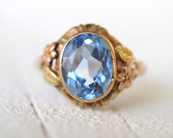 SALE // 1930's Art Deco Blue Topaz 10k yellow gold ring / rose gold flower / leaves / engagement ring // BLUE LAKE