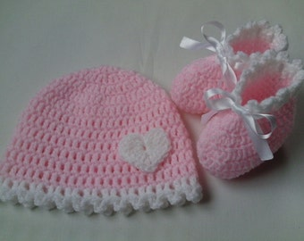SALE Crochet Baby Hat and Baby Booties beanie gift baby