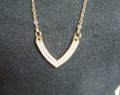 "American Girl 18 "" inch Doll Necklace V pavee BAR pendant Gold chain clasp Accessories"