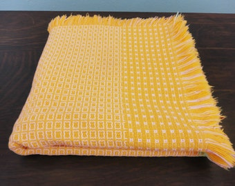 Vintage Woven Yellow & White Tablecloth Lunchcloth 46x44 Square Heavy with Fringed Edges