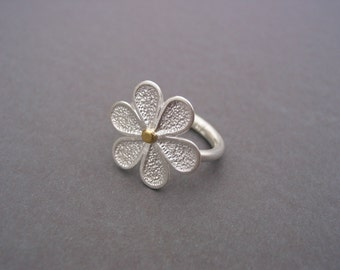 structured flower ring 925 silver 900 gold