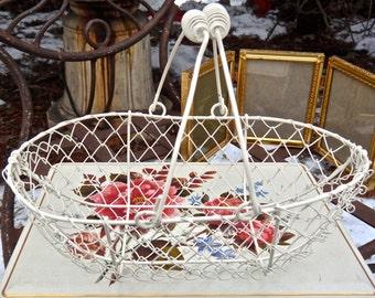 Basket, Chicken Wire Basket, Egg Basket, Wire Basket, Centerpiece, White Basket, Metal Basket, Vintage Basket, Primitive, Rustic, Farmhouse