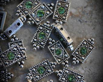 Genuine Silver Plated Swarovski Crystal 2 Hole Sliders G300 - Peridot