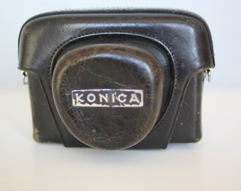 Vintage Konica 35 mm EE camera