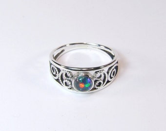 Opal (Australian Harlequin 'Triplet' Opal), 5mm x 0.40 Carat, Round Cabochon, Sterling Silver Ring
