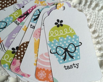 Cupcake Tags, Birthday Party, Valentine's Day Favor Label, Goody Bag Tag, Bake Sale Price Tag - Set of 20