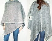 Handwoven Doublesided Poncho Blanket Black & White, Pattern Zigzag. Loose fit. One size. Wool, Mohair, Cashmere, Cape Cloak - Accessory