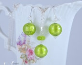 Earrings and pendant set with round green and gold Murano glass with silver foil, lampwork, shiny, includes necklace, Venetian glass