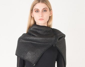 Small snood in coated wool with zipper