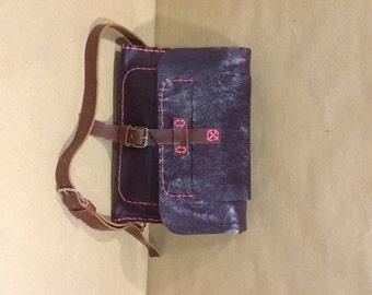 Ladies Leather Purse, Medium Sized Leather Purse, Womens Handbag