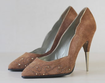 Beige brown embroidered suede pointy toe gold metal stiletto heel shoes 6