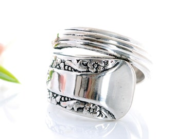 Vintage Spoon Ring - Camelia Silverware Spoon Ring - Spoon Jewelry - Silverware Spoon Ring - Spoon Ring - Silverware Jewelry (mcf R459)