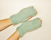 Green mohair mittens warm and cosy, mint, green tea.