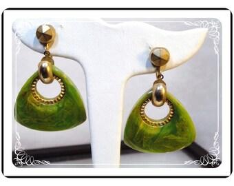 Bakelite  Hoop Earrings - Triangle Avocado Green Marbeled Clip-on's   -   E520a-122312000