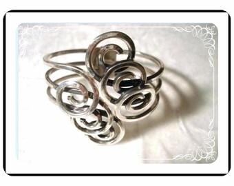 Scrolled Rame' Bracelet  - Sensational Modernist Clamper    Brac-1405a-071910000