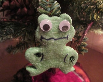 Frog keepsake , ornament