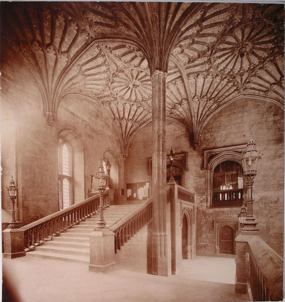 Harry Potter Staircase : Harry potter location staircase fan vaulted ceiling great