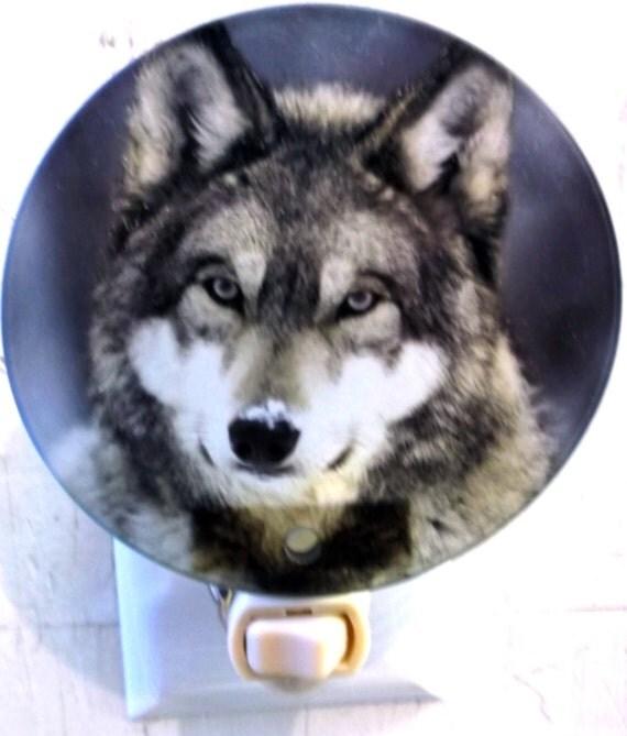 wolf head night light, wildlife night light, animal night light, bathroom night light, kitchen night light, decorative light, pretty light