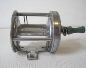 Sport King Fishing Casting Reel Model 69 Vintage E878s