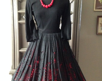 60s Black Lace Sweep Bottom Dress with Red lining