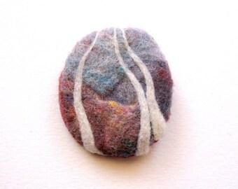 Felt brooch, needle felted wool, Scotland, wool jewelry, scottish brooch