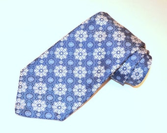 Wembley Necktie, Light Blue Tie, Blue Necktie, Vintage 70's Tie, Men's Neckwear, Blue and White Tie, Wide Tie