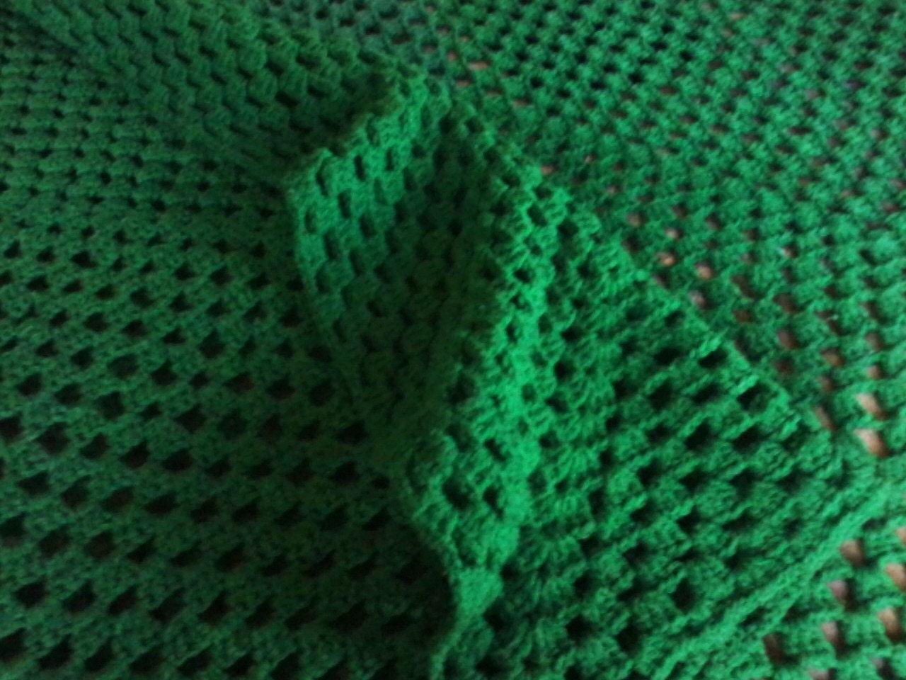 Green crocheted throw blanket - Emerald green throw blanket ...