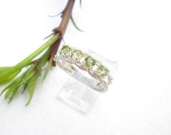 Natural Gemstone 3.5mm Faceted Peridot 4 Stone 925 Sterling Silver Mother's Ring