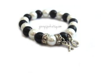 Black and White Pearl Princess Bracelet with XO charms - Elastic Bracelet - Hugs and Kisses Bracelet - Little Girls Bracelet