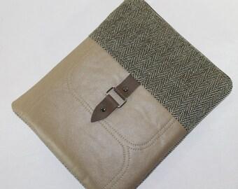 iPad air iPad air 2 Cover Padded Sleeve Case Men Women iPad Padded Herringbone Tan vinyl