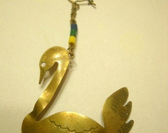 ONE (1) Vintage Swan Pierced Earring (9873)  JUST ONE!!