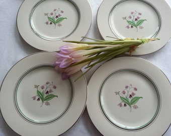 Sweet Set of 4 Syracuse China Coralbel dinner Plates, Old Ivory, Platinum Trim