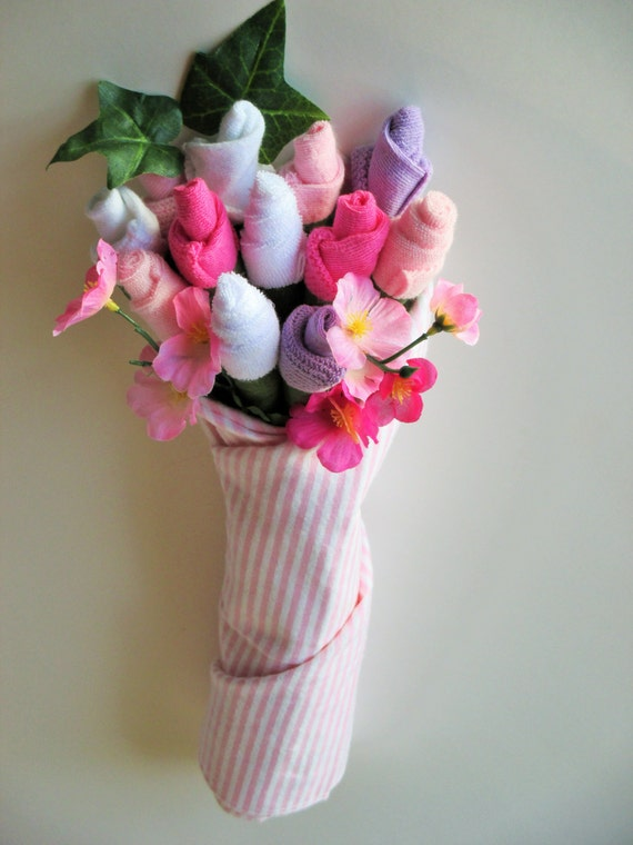 how to make a baby sock bouquet