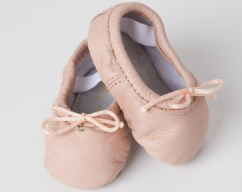 Baby Ballet Slippers - Pink - premie newborn toddler ballet slippers