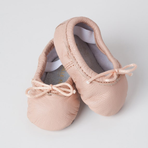 Girls' Ballet Shoes. Showing 48 of results that match your query. Search Product Result. Sansha Pink Ballet Split Leather Sole Ballet Shoes Little Girls 5M-7M. Product Image. Price $ Lowest Price ever! Sweet Cut Comfort Kids Ballet Shoes Ballet Slippers for Children Kimimart. Clearance. Product Image. Price $ 7. 33 - $ 8.
