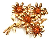 Flower Brooch gold with Amber Orange cabochons