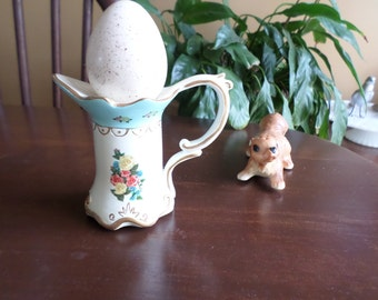 Lovely Porcelain Easter Egg/Cup Display/Decoration with Handle