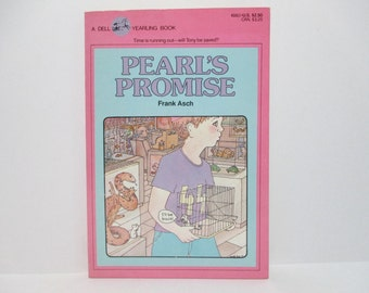 Pearl's Promise by Frank Asch 1984 Vintage Dell Yearling Book About A Brave Little Mouse in A Pet Shop