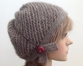 Hand knitted beanie knitted with QIVIUT and Suri alpaca blend (90-10)