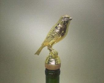 Bird Wine Stopper, Bird Lover, Wine Gift, Gift for Wine Lover, Finch, Bird Watching,Trophy Wine Stopper #birdlovergift