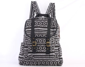Black/White Backpack Indian Native American Aztec Tribal Lightweight Lined