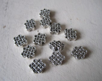 Infinity knot beads - 12 pcs. silver metal infinity knots, Celtic knot beads, love knot beads 12x9mm knot beads, endless knot beads - 12 pcs