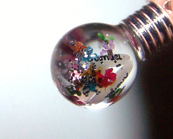 Globe Name On Rice Grain Glass Pendant Vial Real Dried Flowers Glitter  Liquid Necklace
