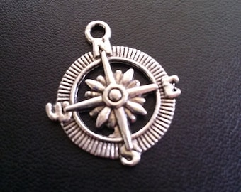 Compass Pendants Antiqued Silver Bulk Charms Pendants Nautical Charms Pendants Silver Compass 50 pieces