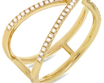 Beautiful 14k yellow Gold Diamond Lady's Ring. BXSC55001263