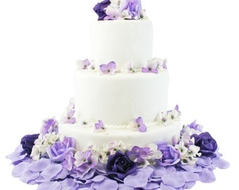 Purple and Lavender Hydrangea Rose Cake Flowers - Reception Decoration