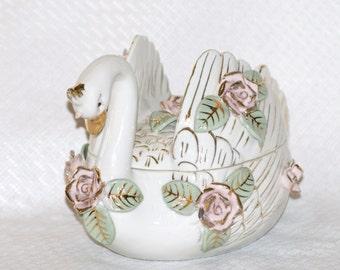 Vintage Wales Swan Bowl/ Trinket Box Figurine