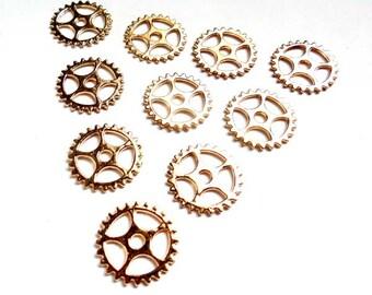 10 Light Gold Steampunk Gears - 21-39-1